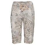 Shorts in Animal-Optik, sand