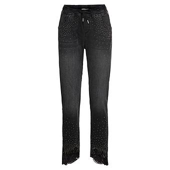 Schlupf-Jeans mit Häkelspitze, black