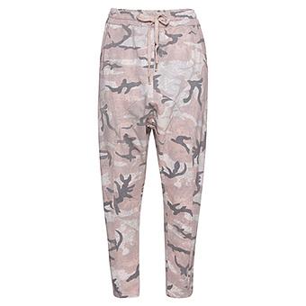 COSY Baggy-Pant in Camouflage-Optik, rosenholz