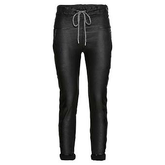 Joggpant in Leder-Optik, schwarz
