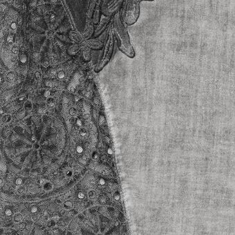 Carmenbluse mit Floral-Tüll, titan
