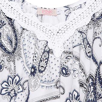 Bluse mit Spitze, weiß-blau