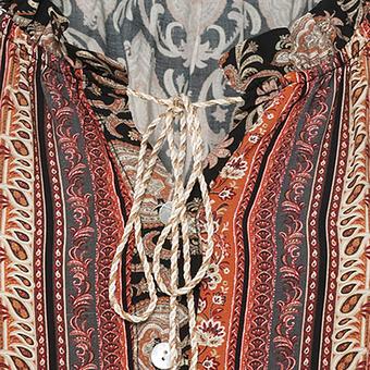 Kleid im Alloverprint, schwarz