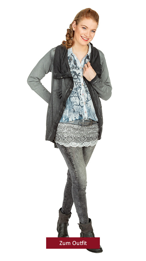 """Outfit """"Romantik anders"""" in Offwhite-Grau 01.2019"""